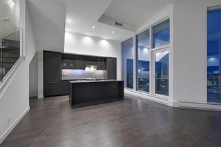 Photo 10: 2303 10360 102 Street in Edmonton: Zone 12 Condo for sale : MLS®# E4219615