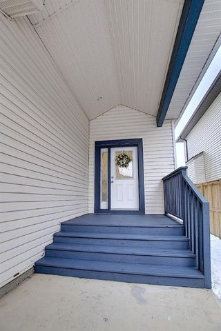Photo 3: 2914 Prairie Springs Grove SW: Airdrie Detached for sale : MLS®# A1049901