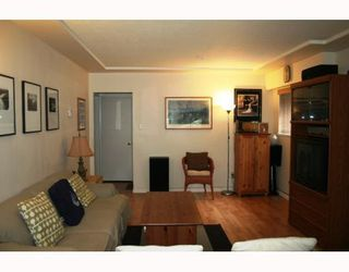 Photo 2: 4794 GOTHARD Street in Vancouver: Collingwood VE House for sale (Vancouver East)  : MLS®# V786815