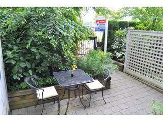 "Photo 9: 2575 EAST Mall in Vancouver: University VW Townhouse for sale in ""LOGAN LANE"" (Vancouver West)  : MLS®# V839250"