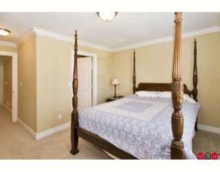 """Photo 7: 6235 164A Street in Surrey: Cloverdale BC House for sale in """"WEST CLOVERDALE"""" (Cloverdale)  : MLS®# F2824180"""