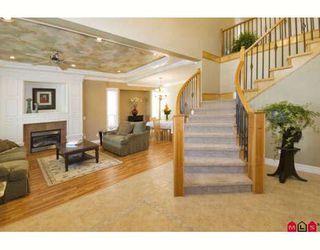 """Photo 2: 6235 164A Street in Surrey: Cloverdale BC House for sale in """"WEST CLOVERDALE"""" (Cloverdale)  : MLS®# F2824180"""