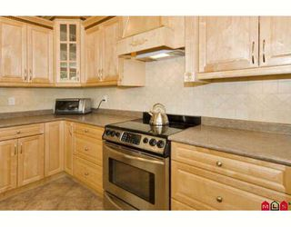 """Photo 5: 6235 164A Street in Surrey: Cloverdale BC House for sale in """"WEST CLOVERDALE"""" (Cloverdale)  : MLS®# F2824180"""