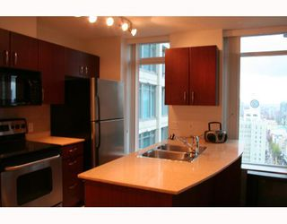Photo 6: 2405 610 GRANVILLE Street in Vancouver: Downtown VW Condo for sale (Vancouver West)  : MLS®# V741884