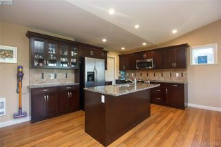 Photo 9: 3731 Ridge Pond Drive in VICTORIA: La Happy Valley Single Family Detached for sale (Langford)  : MLS®# 416175