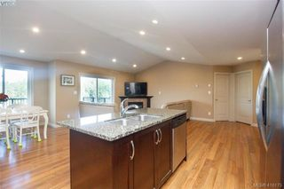Photo 12: 3731 Ridge Pond Drive in VICTORIA: La Happy Valley Single Family Detached for sale (Langford)  : MLS®# 416175