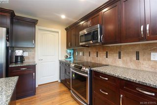 Photo 11: 3731 Ridge Pond Drive in VICTORIA: La Happy Valley Single Family Detached for sale (Langford)  : MLS®# 416175