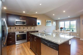 Photo 14: 3731 Ridge Pond Drive in VICTORIA: La Happy Valley Single Family Detached for sale (Langford)  : MLS®# 416175