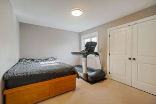"Photo 12: 18198 70 Avenue in Surrey: Cloverdale BC House 1/2 Duplex for sale in ""Provinceton"" (Cloverdale)  : MLS®# R2419982"