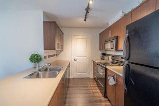 "Photo 7: 419 12248 224 Street in Maple Ridge: East Central Condo for sale in ""URBANO"" : MLS®# R2420226"