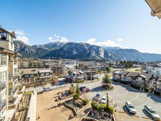 "Photo 4: 604 1211 VILLAGE GREEN Way in Squamish: Downtown SQ Condo for sale in ""Rockcliffe by Solterra"" : MLS®# R2444542"