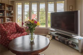 Photo 16: 1052 Newport Ave in : OB South Oak Bay Multi Family for sale (Oak Bay)  : MLS®# 853851