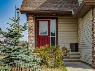 Photo 2: 1350 PRAIRIE SPRINGS Park SW: Airdrie Detached for sale : MLS®# A1037776