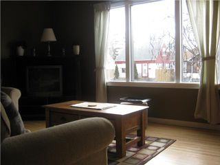 Photo 3: 107 Dunraven Avenue in WINNIPEG: St Vital Residential for sale (South East Winnipeg)  : MLS®# 1005741