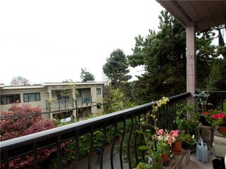 "Photo 2: 8 137 E 5TH Street in North Vancouver: Lower Lonsdale Condo for sale in ""Our House"" : MLS®# V825636"
