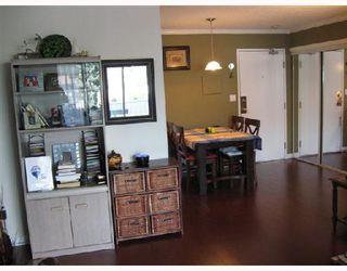 "Photo 5: 302 2055 SUFFOLK Avenue in Port_Coquitlam: Glenwood PQ Condo for sale in ""SUFFOLK MANOR"" (Port Coquitlam)  : MLS®# V722000"