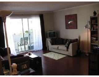 "Photo 4: 302 2055 SUFFOLK Avenue in Port_Coquitlam: Glenwood PQ Condo for sale in ""SUFFOLK MANOR"" (Port Coquitlam)  : MLS®# V722000"