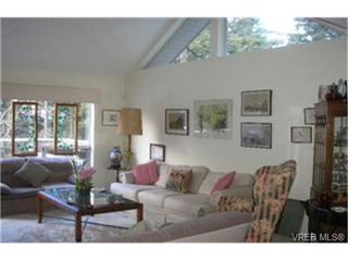 Photo 3:  in VICTORIA: SE Broadmead Row/Townhouse for sale (Saanich East)  : MLS®# 455571