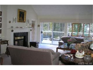 Photo 4:  in VICTORIA: SE Broadmead Row/Townhouse for sale (Saanich East)  : MLS®# 455571