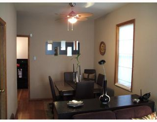 Photo 2: 427 RIVERTON Avenue in WINNIPEG: East Kildonan Residential for sale (North East Winnipeg)  : MLS®# 2719701
