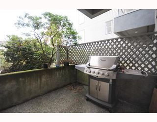 "Photo 9: 105 2250 W 3RD Avenue in Vancouver: Kitsilano Condo for sale in ""HENLEY PARK"" (Vancouver West)  : MLS®# V755957"
