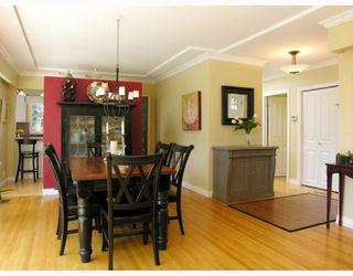 Photo 3: 871 WAVERTREE Road in North_Vancouver: Forest Hills NV House for sale (North Vancouver)  : MLS®# V761826