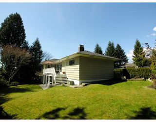 Photo 9: 871 WAVERTREE Road in North_Vancouver: Forest Hills NV House for sale (North Vancouver)  : MLS®# V761826