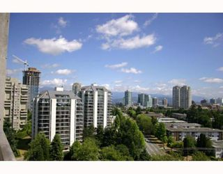 """Photo 10: 1405 4194 MAYWOOD Street in Burnaby: Metrotown Condo for sale in """"PARK AVENUE TOWERS"""" (Burnaby South)  : MLS®# V778073"""
