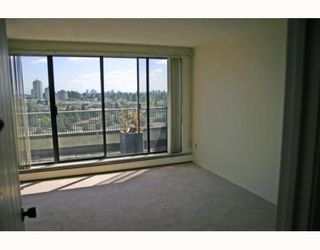 """Photo 4: 1405 4194 MAYWOOD Street in Burnaby: Metrotown Condo for sale in """"PARK AVENUE TOWERS"""" (Burnaby South)  : MLS®# V778073"""