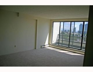 """Photo 3: 1405 4194 MAYWOOD Street in Burnaby: Metrotown Condo for sale in """"PARK AVENUE TOWERS"""" (Burnaby South)  : MLS®# V778073"""