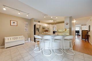 Photo 7: 9732 91 Street in Edmonton: Zone 18 Townhouse for sale : MLS®# E4172110
