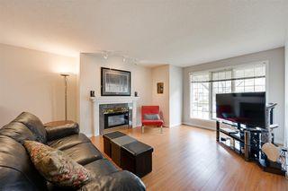 Photo 2: 9732 91 Street in Edmonton: Zone 18 Townhouse for sale : MLS®# E4172110