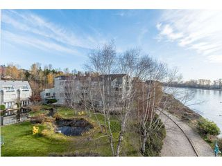 "Photo 1: 411 2020 SE KENT Avenue in Vancouver: South Marine Condo for sale in ""Tugboat Landing"" (Vancouver East)  : MLS®# R2418347"