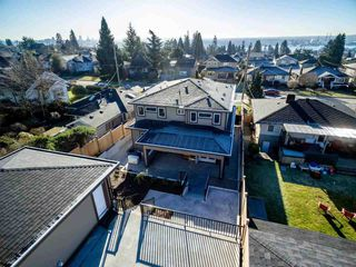 Photo 19: 622 E 7TH Street in North Vancouver: Queensbury House for sale : MLS®# R2418552