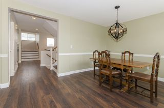 "Photo 8: 10 19160 119 Avenue in Pitt Meadows: Central Meadows Townhouse for sale in ""WINDSOR OAK"" : MLS®# R2434473"