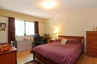 Photo 7: 3050 GODWIN AVENUE in Burnaby: Central BN House for sale (Burnaby North)  : MLS®# R2437048