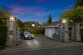 Photo 39: 326 SEA SHELL Lane in North Vancouver: Dollarton House for sale : MLS®# R2464265