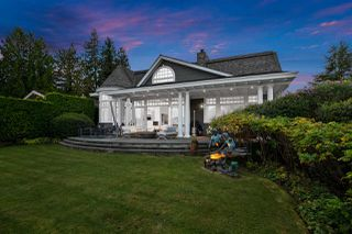 Photo 1: 326 SEA SHELL Lane in North Vancouver: Dollarton House for sale : MLS®# R2464265