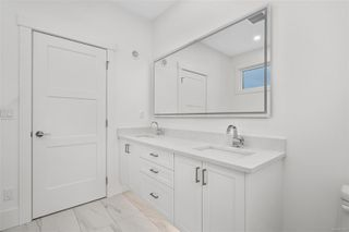 Photo 17: 111 539 Delora Dr in : Co Royal Bay Row/Townhouse for sale (Colwood)  : MLS®# 852470