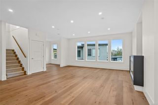 Photo 6: 111 539 Delora Dr in : Co Royal Bay Row/Townhouse for sale (Colwood)  : MLS®# 852470