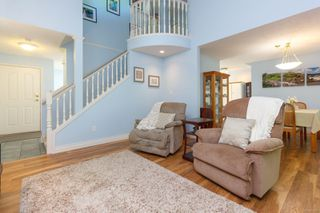Photo 6: 1 1809 McKenzie Ave in : SE Mt Tolmie Row/Townhouse for sale (Saanich East)  : MLS®# 854207