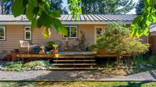 Photo 33: 389 Dorset Rd in : PQ Qualicum Beach Single Family Detached for sale (Parksville/Qualicum)  : MLS®# 854947