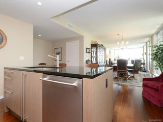 Photo 10: 604 100 Saghalie Rd in : VW Songhees Condo for sale (Victoria West)  : MLS®# 857057