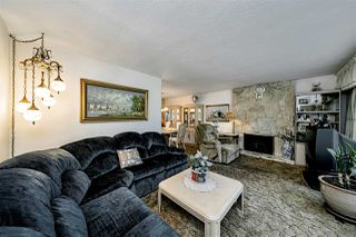 Photo 4: 6470 SUMAS Street in Burnaby: Parkcrest House for sale (Burnaby North)  : MLS®# R2507780