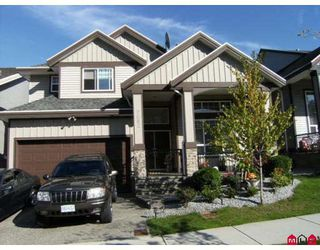 Photo 1: 7682 146TH Street in Surrey: East Newton House for sale : MLS®# F2922450
