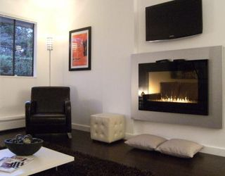 """Photo 3: #105 1867 W 3RD Avenue in Vancouver: Kitsilano Condo for sale in """"ST CLAIRE COURT"""" (Vancouver West)  : MLS®# V806057"""