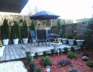 """Photo 10: #105 1867 W 3RD Avenue in Vancouver: Kitsilano Condo for sale in """"ST CLAIRE COURT"""" (Vancouver West)  : MLS®# V806057"""