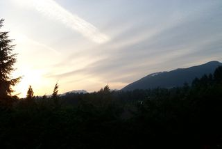 """Photo 10: 1101 LILLOOET Road in North Vancouver: Lynnmour Townhouse for sale in """"LYNNMOUR VILLAGE"""" : MLS®# V807716"""