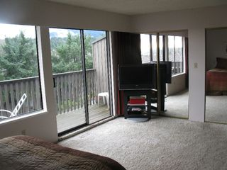 """Photo 8: 1101 LILLOOET Road in North Vancouver: Lynnmour Townhouse for sale in """"LYNNMOUR VILLAGE"""" : MLS®# V807716"""