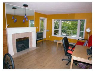 "Photo 2: 201 5568 BARKER Avenue in Burnaby: Central Park BS Condo for sale in ""PARK VISTA"" (Burnaby South)  : MLS®# V829203"